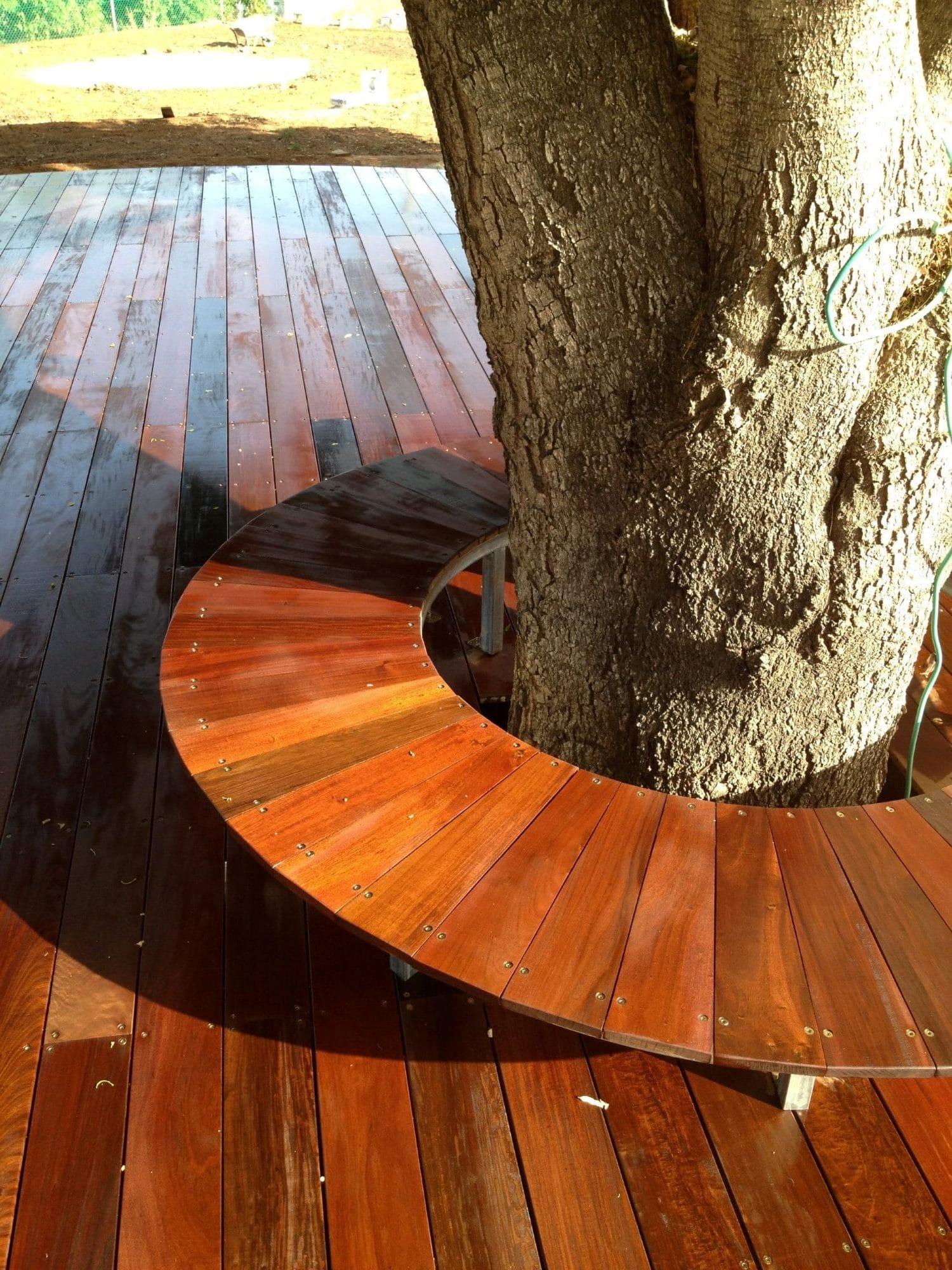 דק מעץ איפאה